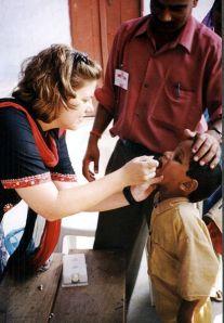 417px-Vaccination-polio-india