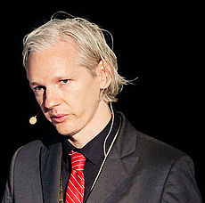 230px-Julian_Assange_20091117_Copenhagen_1_cropped_to_shoulders