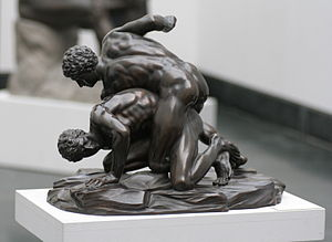 300px-Pankratiasten_in_fight_copy_of_greek_statue_3_century_bC