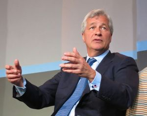 755px-Jamie_Dimon,_CEO_of_JPMorgan_Chase