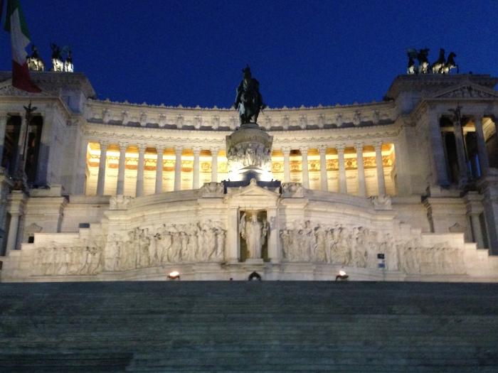Altare della Patria (Altar of the Fatherland) also known as the Monumento Nazionale a Vittorio Emanuele II