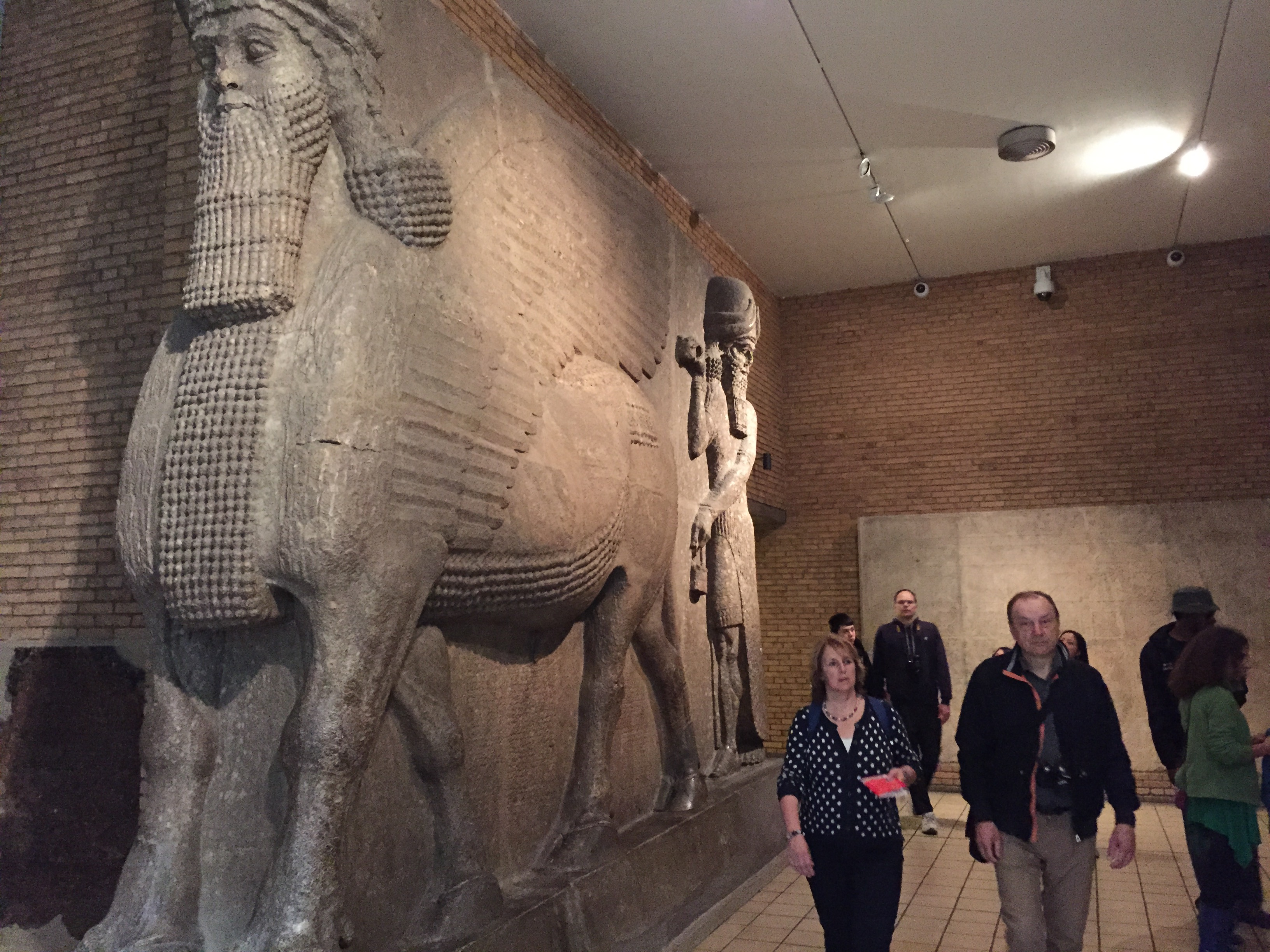 elgin marbles The elgin marbles should be returned to greece a little history on this: the elgin marbels play a big role in greece, the historical content of greece from between.