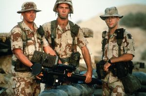 1024px-Stinger_Crew_Operation_Desert_Shield