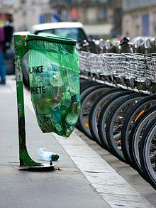 220px-Trash_bin_in_Paris