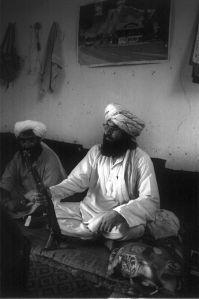 440px-taliban-torkham-2001