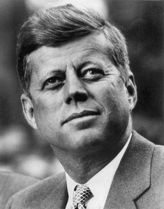 440px-John_F._Kennedy,_White_House_photo_portrait,_looking_up