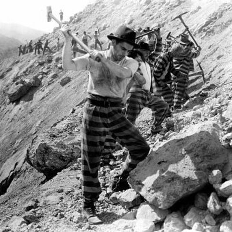 https://jonathanturley.files.wordpress.com/2017/11/vintage_labor_photograph_working_on_chain_gang-rock-pick-1md.jpg