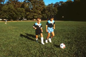 Children_playing_soccer