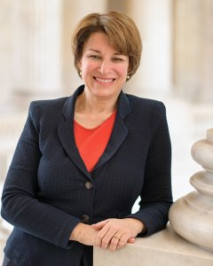 960px-Amy_Klobuchar,_official_portrait,_113th_Congress